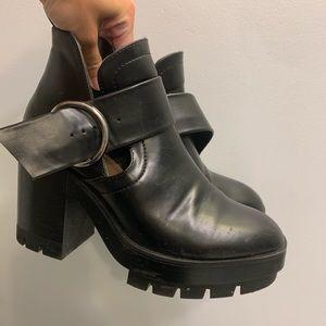 Zara trafaluc chunky platform booties size 37